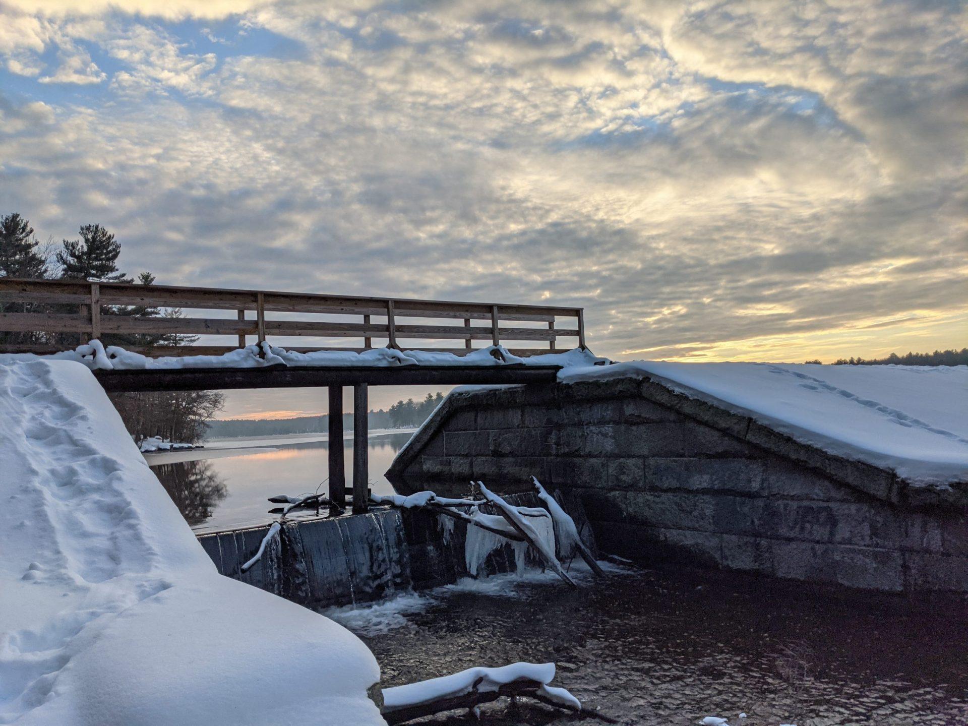 Ashland dam and spillway under snow - December 2020