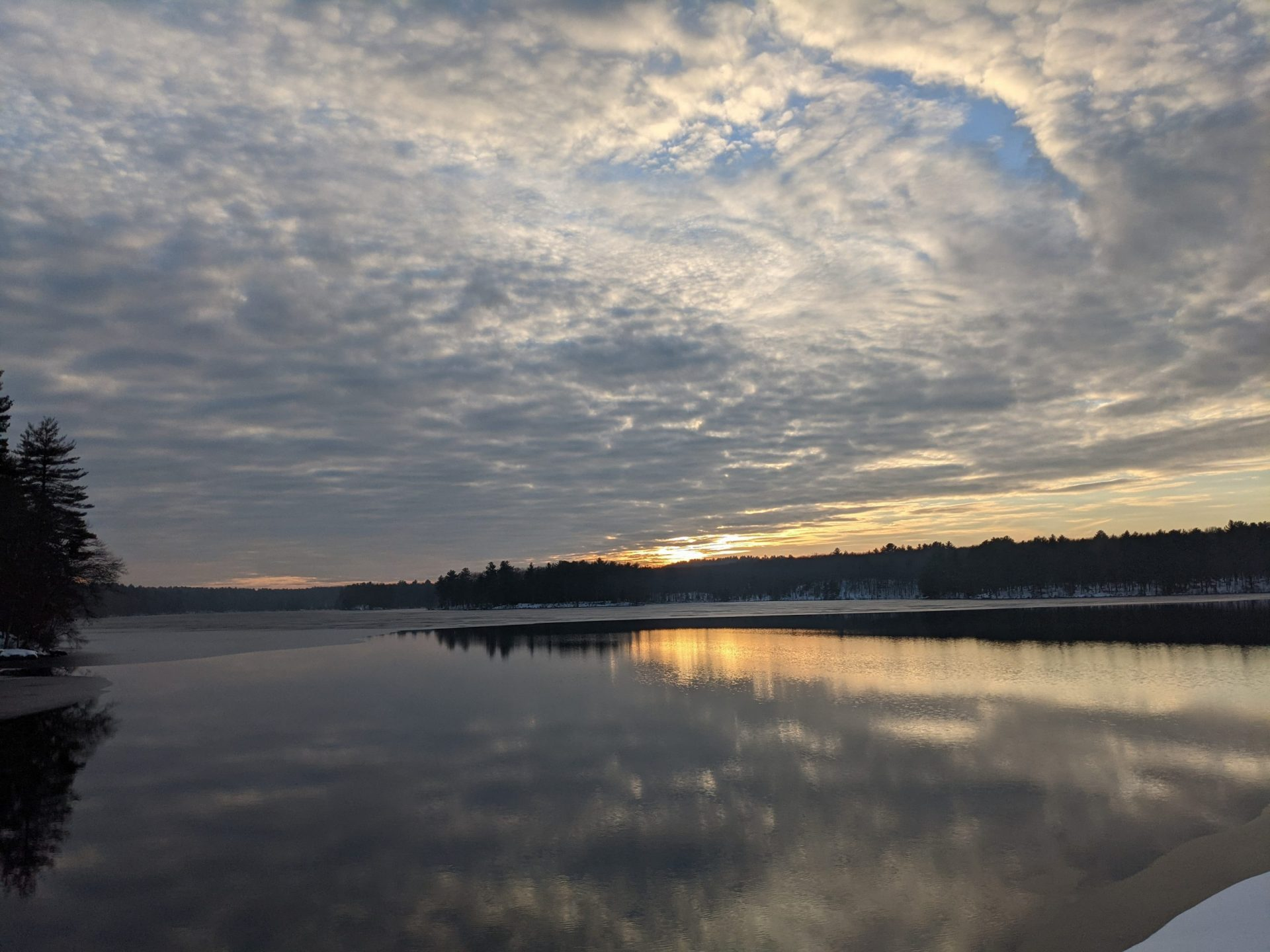 Late Sunset Cloud Covered Ashland Reservoir December 21, 2020